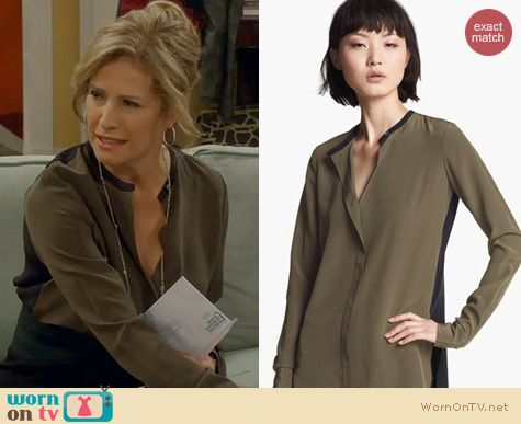 Last Man Standing Fashion: Vince Colorblock Silk Blouse worn by Nancy Travis