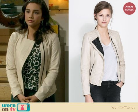 Last Man Standing Fashion: Zara Leather Jacket in Ecru worn by Molly Ephraim