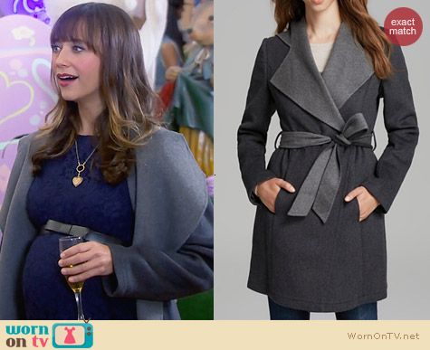 Laundry by Shelli Segal Double Faced Hooded Coat worn by Rashida Jones on Parks & Rec