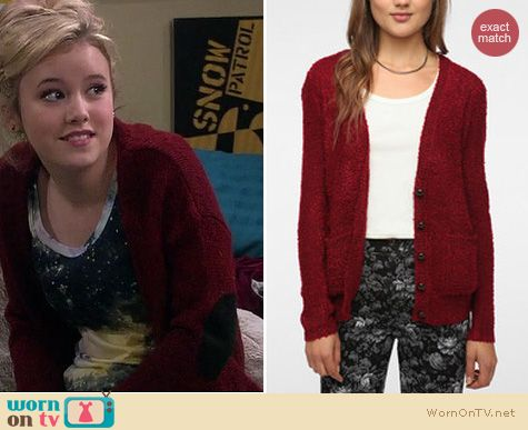 Lennox Scanlon Fashion: Urban Outfitters Coincidence and Chance Elbow patch cardigan worn by Taylor Sprietler