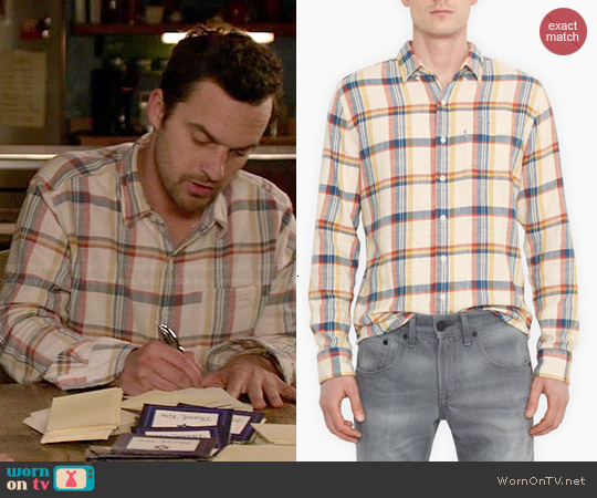 Classic One-Pocket Shirt in White Plaid worn by Jake Johnson on New Girl