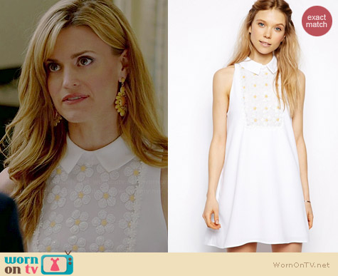 Little White Lies Swing Dress with Sequin Daisy worn by Brooke D'Orsay on Royal Pains