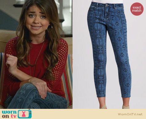 Liverpool Abby Skinny Aztec Print Jeans worn by Sarah Hyland on Modern Family