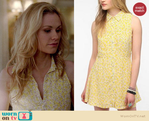 Lucca Couture Printed Sleeveless Chiffon Shirtdress worn by Anna Paquin on True Blood
