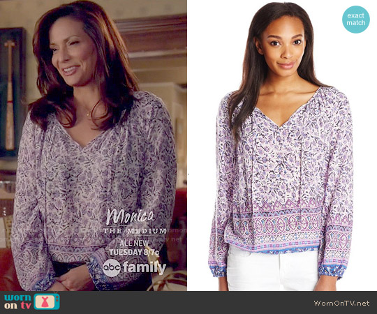 Lucky Brand Border Print Peasant Top worn by Constance Marie on Switched at Birth