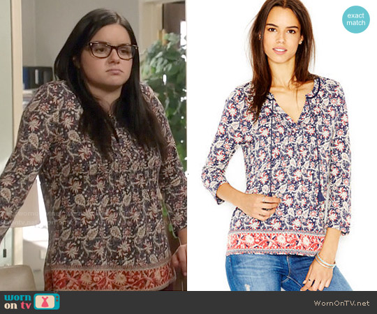 Lucky Brand Border Print Top worn by Ariel Winter on Modern Family