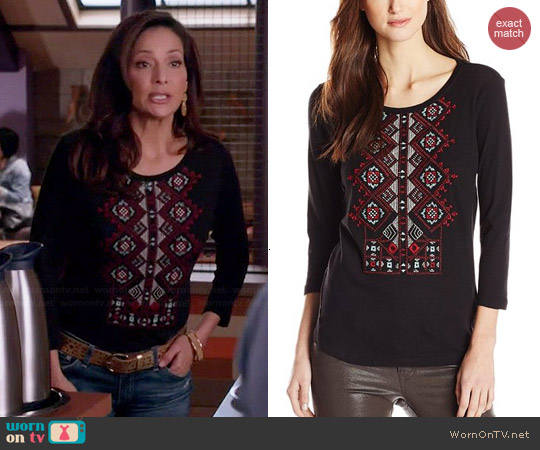 Lucky Brand Diamond Embroidered Tee worn by Constance Marie on Switched at Birth