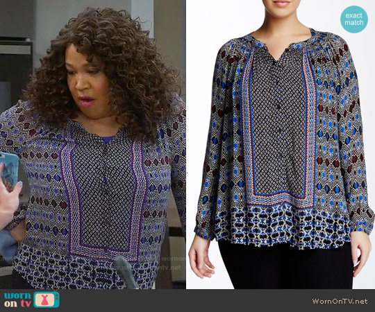 Lucky Brand Gypsy Ikat Blouse worn by Kym Whitley on Young & Hungry