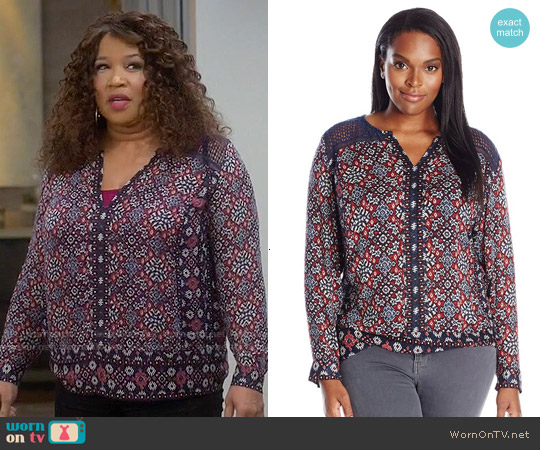 Lucky  Brand Ikat Geo Top worn by Kym Whitley on Young & Hungry