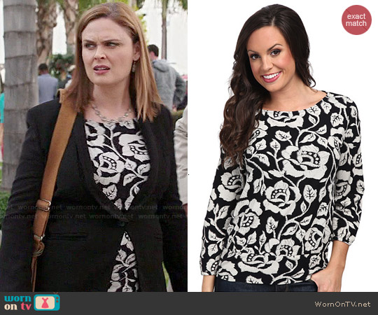Lucky Brand Rose Vine Top worn by Emily Deschanel on Bones