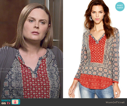 Lucky Brand Split Neck Placed Scarf Print Top worn by Emily Deschanel on Bones