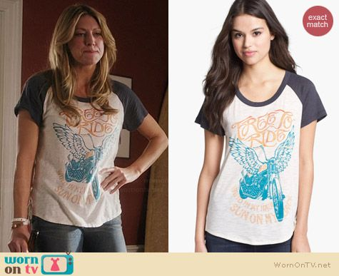 Lucky Brand Zip Back Free to Ride Tee worn by Jess Macallan on Mistresses