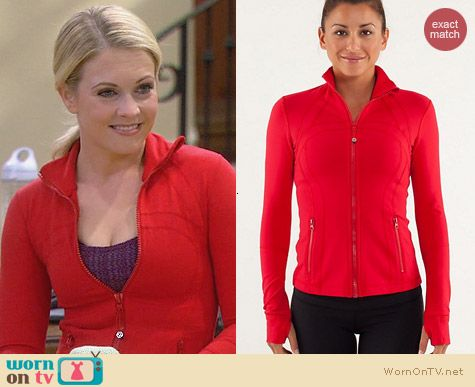 Lulu Lemon Define Jacket in Red worn by Melissa Joan Hart on Melissa & Joey