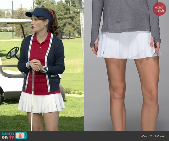Lululemon Hit Your Stride Skirt in White worn by Jessica Day on New Girl