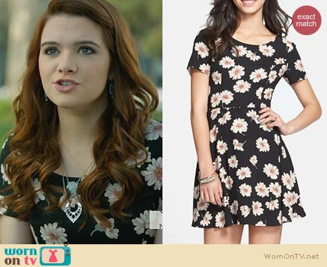 Lush Short Sleeve Skater Dress in Daisy Print worn by Katie Stevens on Faking It