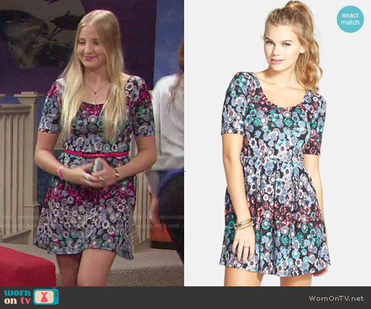 Lush Text Knit Skater Dress in Black Multi Floral worn by Veronica Dunne on KC Undercover