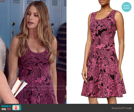 M Missoni Floral Intarsia-Knit Dress worn by Sofia Vergara on Modern Family