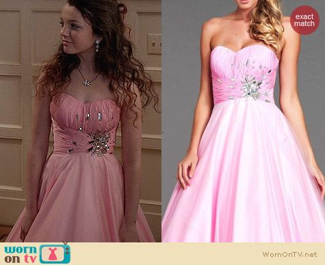 Mac Duggal 64274L Dress in Bubblegum pink worn by Dorrit Bradshaw