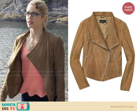 Mackage Pina-A Jacket in Desert Sand worn by Emily Bett Rickards on Arrow