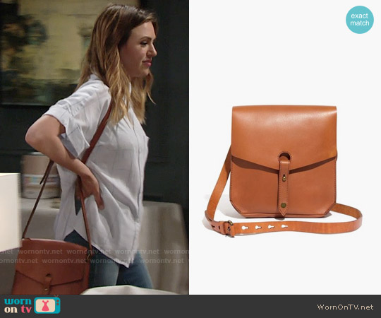 Madewell Brisbane Crossbody Bag worn by Chloe Mitchell on The Young & the Restless