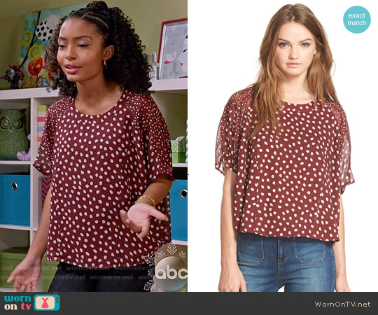 Madewell Cheetah Dots Silk Top worn by Yara Shahidi on Blackish