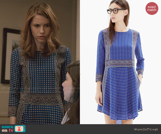 Madewell Silk Tee Dress in Ascot Grid worn by Wallis Currie-Wood on Madam Secretary