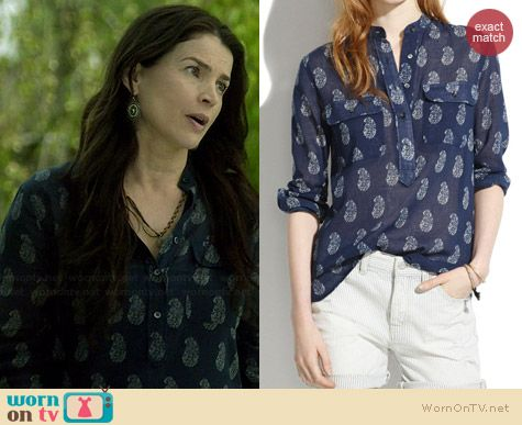 Madewell Teardrop Paisley Popover worn by Julia Ormond on Witches of East End