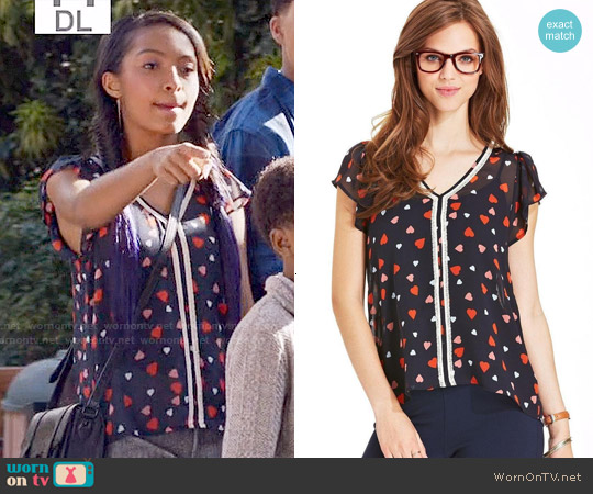 Maison Jules Heart Print Top worn by Yara Shahidi on Blackish