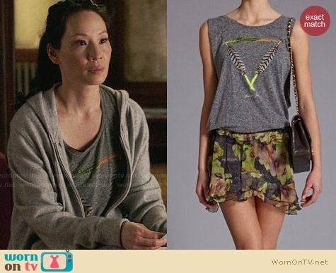 Maison Scotch Feather Print Sleeveless Shirt worn by Lucy Liu on Elementary