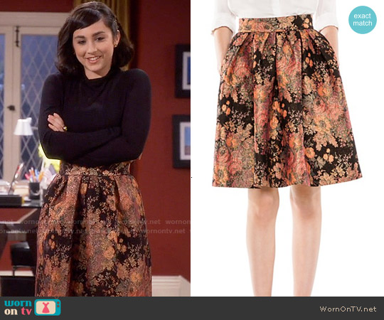 Maje Jaggy Floral Jacquard Skirt worn by  Molly Ephraim on Last Man Standing