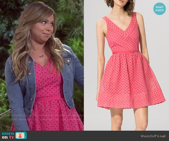 Maje Riposte Embroidered Eyelet Dress worn by Amanda Fuller on Last Man Standing