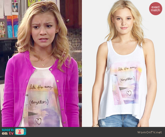 Malibu Native Let's Fly Away Together Tank worn by G. Hannelius on Dog with a Blog