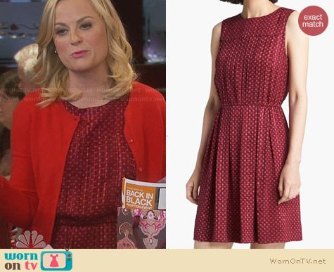 Marc by Marc Jacobs Minetta Dress worn by Amy Poehler on Parks & Rec
