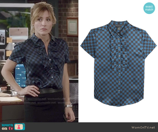 Marc by Marc Jacobs Checkerboard Satin Blouse worn by Sasha Alexander on Rizzoli & Isles