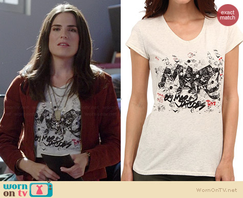 Marc by Marc Jacobs Tag Tee worn by Karla Souza HTGAWM