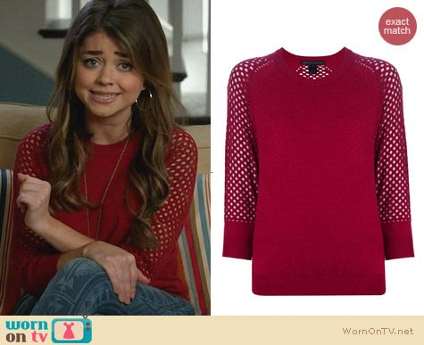 Marc by Marc Jacobs Cienaga Sweater in Red worn by Sarah Hyland on Modern Family