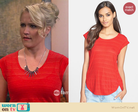 Marc by Marc Jacobs Eloise Tee worn by Emily Osment on Young & Hungry