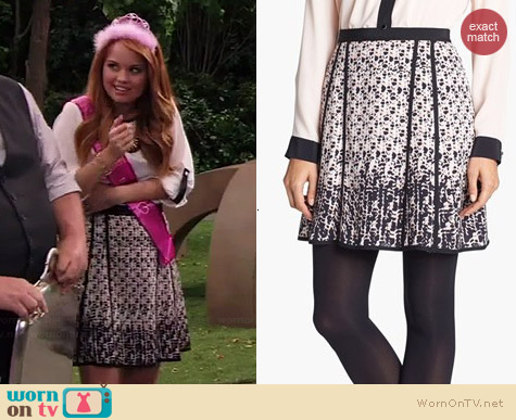 Marc by Marc Jacobs Isa Skirt worn by Debby Ryan on Jessie