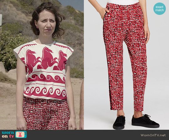Weekend Max Mara Nuccia Pants worn by Carol Pilbasian on Last Man On Earth