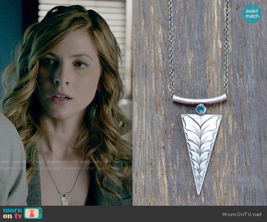 worn by Valerie Tulle (Elizabeth Blackmore) on The Vampire Diaries