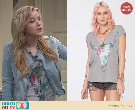 Melissa & Joey Fashion: Chaser New Mexico tee worn by Taylor Sprietler