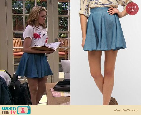 Melissa and Joey Fashion: Lucca Couture Chambray Circle Skirt worn by Sadie Calvano