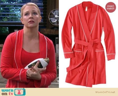 Melissa Joan Hart Fashion: Target Gilligan and O'Malley Knit robe worn on Melissa & Joey