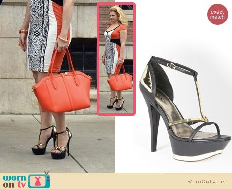 Melissa Joan Hart Shoes: Bebe Sasha Metal Plaque Sandals worn on Melissa & Joey