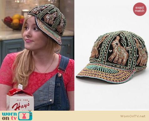Melissa & Joey Style: Urban Outfitters Embellished Elephant Hat by Staring at Stars worn by Taylor Sprietler