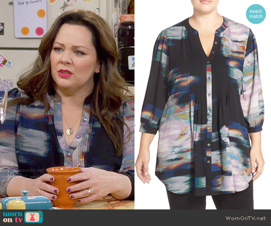 Melissa McCarthy Seven7 Print Tie Waist Pintuck Blouse worn by Melissa McCarthy on Mike & Molly