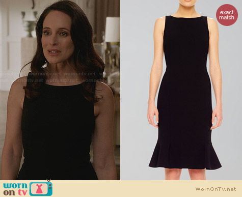 Michael Kors Black Flare Hem Crepe Dress worn by Madeleine Stowe on Revenge