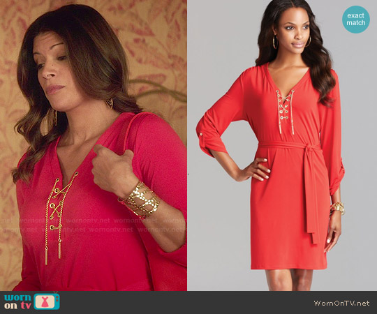 MICHAEL Michael Kors Chain Tie Dress in Red Blaze worn by Andrea Navedo on Jane the Virgin