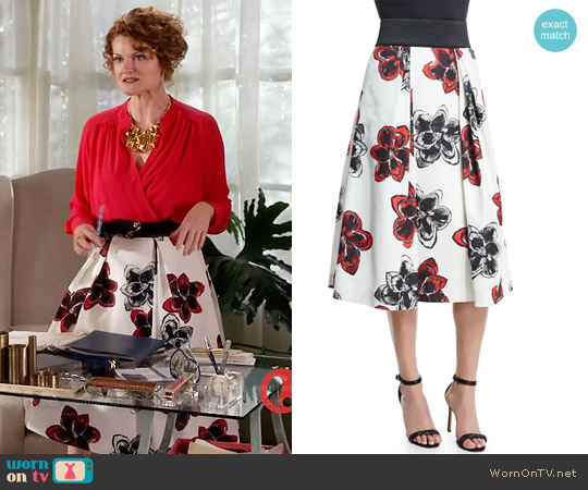 Milly Katie Magnolia Print Skirt worn by Rebecca Wisocky on Devious Maids