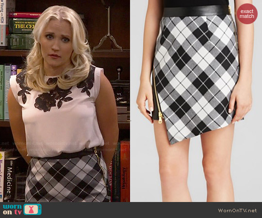 Milly Tartan Slit Skirt worn by Gabi Diamond on Young & Hungry